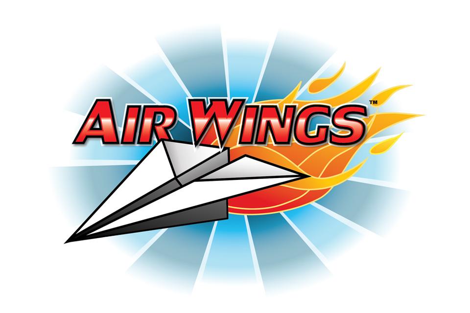air wings是一款飞行战斗游戏,你驾驶着一架纸飞机并向联网对手射击